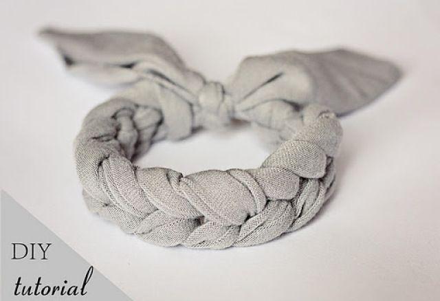Mon Petit Violon   DIY tutorial - Crochet Jersey Bracelet! - Mon Petit Violon