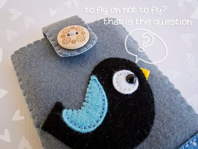 To fly or not to fly!! That is the question!!!  Felt mobile case from https://www.facebook.com/The3LittlePigs