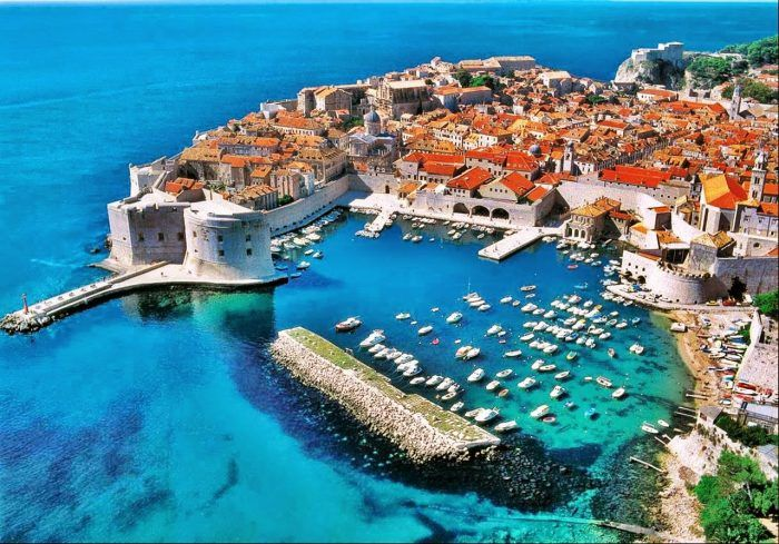 3- Dubrovnik, Croatia Since the crime rating is very low in Croatia, you can easily wander around the streets, explore some local markets and get in touch with the locals. Especially Dubrovnik will give you the opportunity to relax and get your mind off, whilst enjoying this oceanfront City.