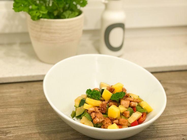 Weltbestes Curry mit Reis und Tofu, vegan