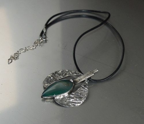 Jewellery Necklace Achate Green and a mixture of metals