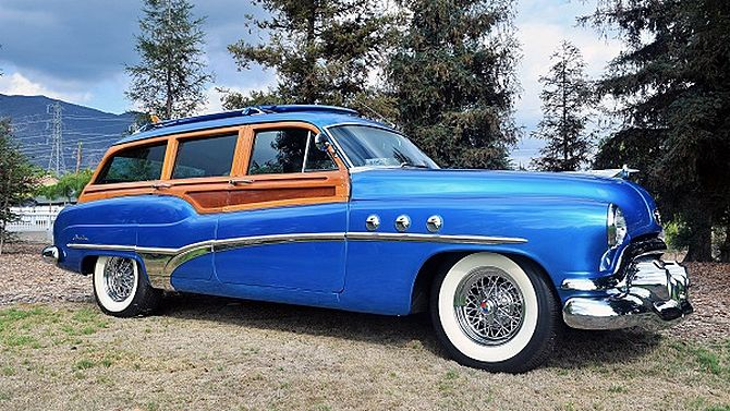 1951 Buick Super Station Wagon Wire Wheels, Matching Surfboard presented as lot S180 at Anaheim, CA 2015 - image2
