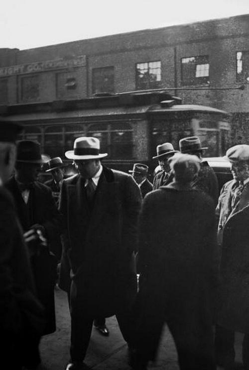 Gangster Al Capone, 1925.