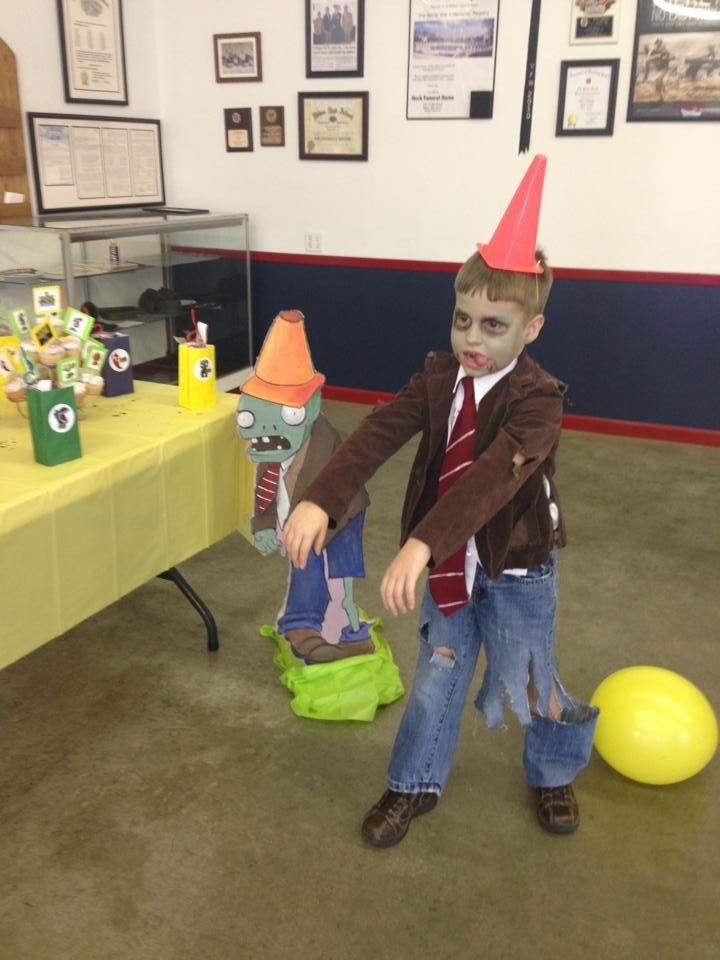 Plants vs zombies costume, the boys want to dress like this for Halloween