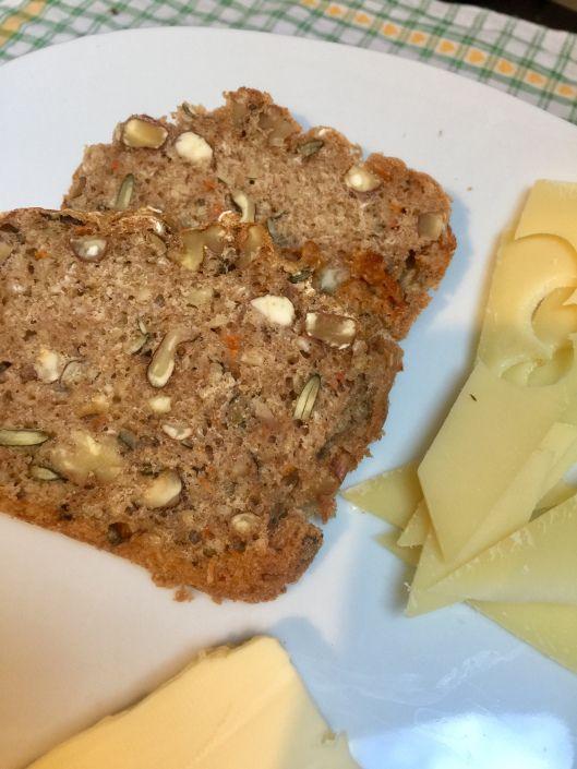 3 – Minuten Brot mit Karotten – so was Köstliches!
