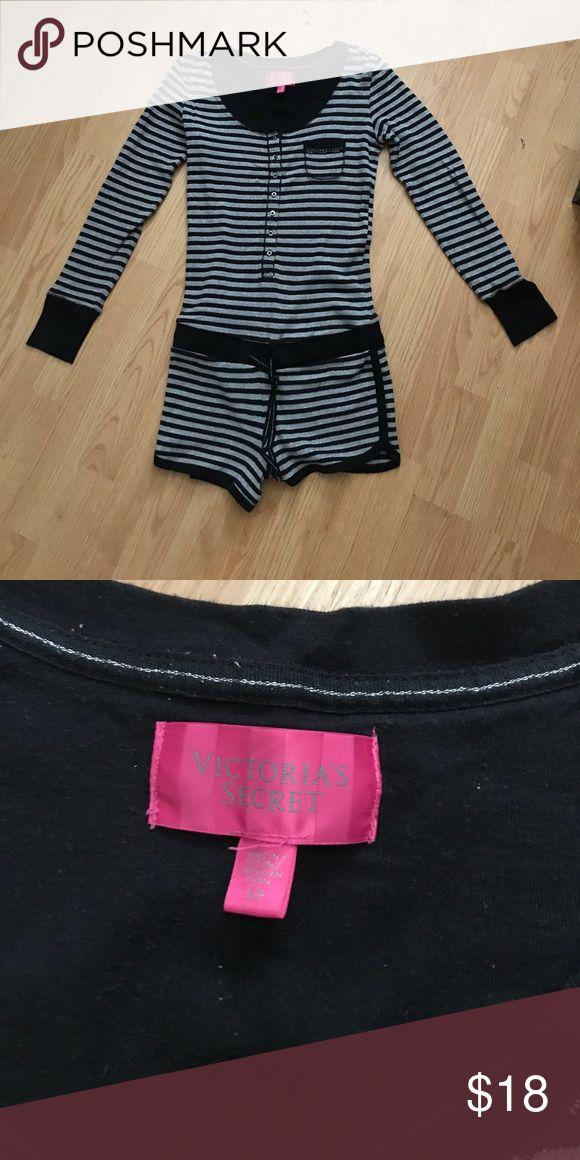Jumpsuit Vitoria secrets Short jumpsuit Vitoria secrets PINK Victoria's Secret Pants Jumpsuits & Rompers
