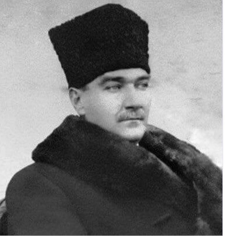 Atatürk Tek sevdiğim...