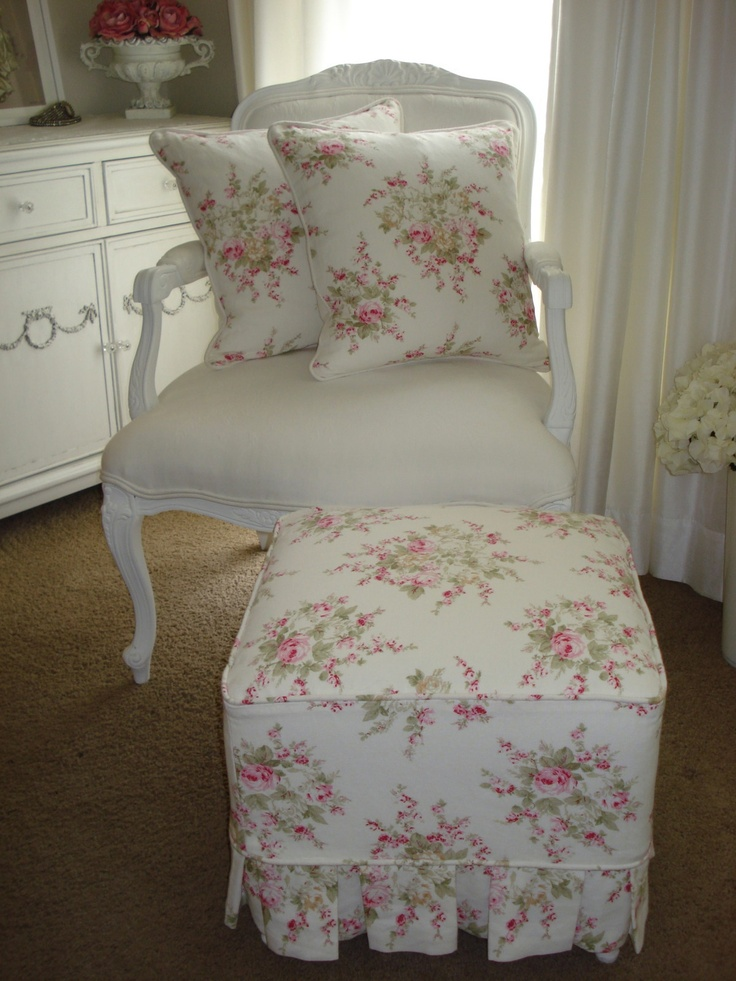 165 best images about shabby chic chairs and couches on 16728 | ed2b0c1c7807790405bbd86dcd4a838c shabby chic chairs pink bedrooms