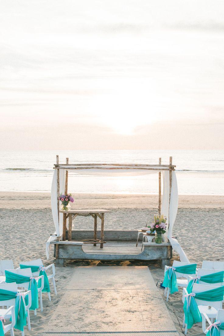 Sunset Dreamy beach Wedding Ceremony Setup Arch Romantic | Rox and San Destination Photography in Ibiza, Mallorca, Barcelona, Formentera, Bali