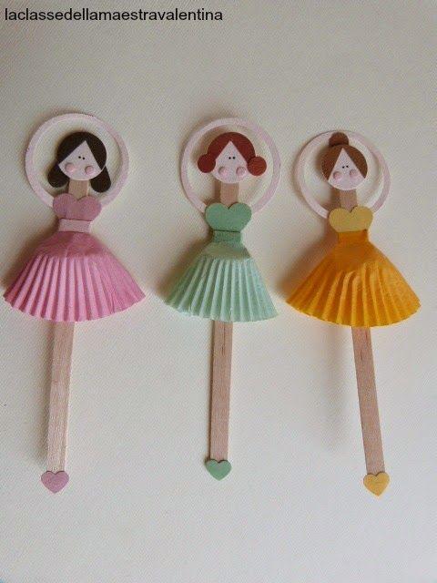Care creative, oggi vi mostro delle semplicissime ballerine realizzate con palette di legno, (quelle per girare il caffè) carta e pirottin...