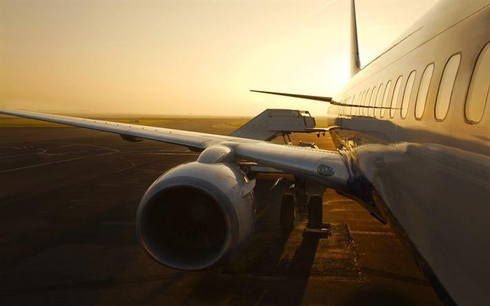 Hämta bilder Flygresa, sunset, flygplan, flygplansvinge, flygplats