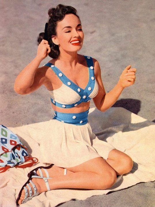 Bring your #Vintage Attitude to the beach #summer #fashion http://www.delightfull.eu/