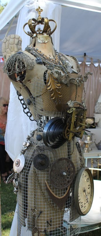 industrial mannequin: Horse Relics, Mannequins, Dresses, White Horses, Dressforms, Steampunk