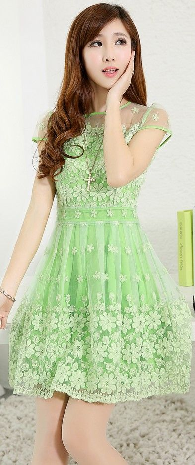 Short Sleeve Lace Dress Crocheted Flowers YRB0048