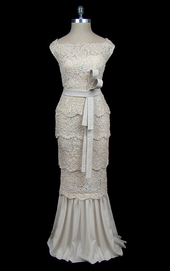 vintage Valentino (c. 1970) wedding gown.