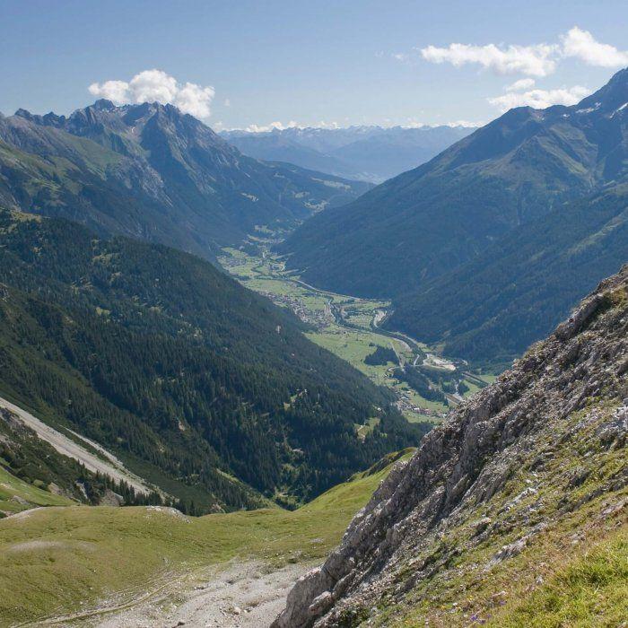 Erholung pur: 3 bis 8 Tage in St. Anton am Arlberg mit Halbpension, Wellnessbereich, Eintritt ins Schwimmbad und geführter Wanderung oder Mountainbiketour ab 129 € (statt 210 €) - Urlaubsheld | Dein Urlaubsportal
