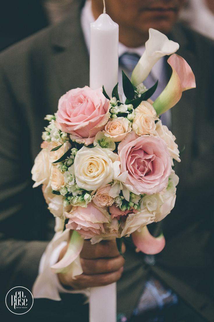 Lumanari de cununie Pink Blush, am realizat un aranjament floral elegant si suav pentru aceste lumanari de cununie, cu cale albe si roze