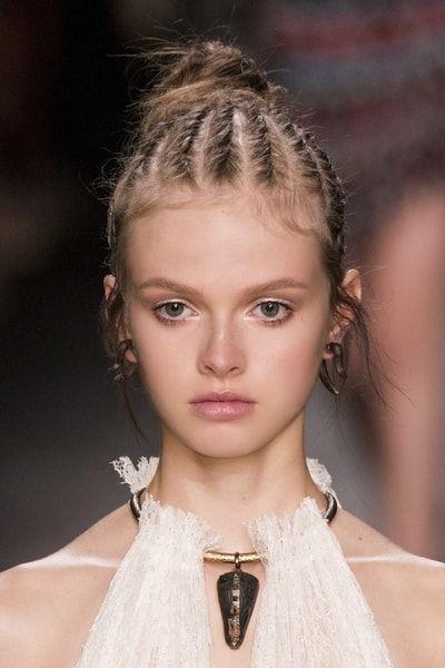 Les tresses africaines 10 idées coiffure pour être belle