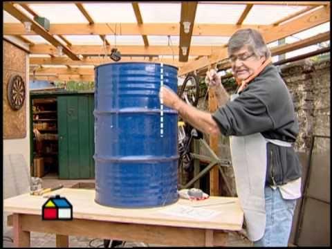 Para echarle un ojo al canal youtube La Casa de Chil, de Sodimac. Mas de 18 millones de reproducciones a mayo 2013   http://www.youtube.com/user/lacasadechile?feature=watch