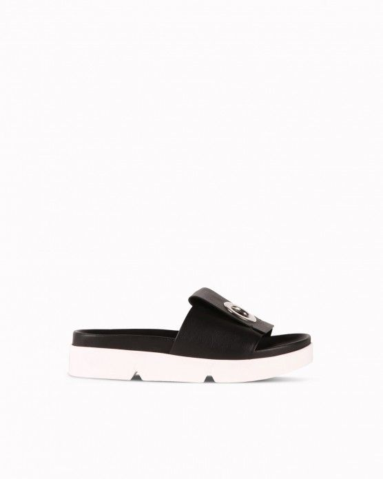 Leather sandals with eyelet detail Iceberg  #Iceberg #slippers #sporty #fashion #style #stylish #love #socialenvy #me #cute #photooftheday #beauty #beautiful #instagood #instafashion #pretty #girl #girls #styles #outfit #shopping