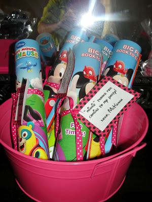 Minnie Party Favor