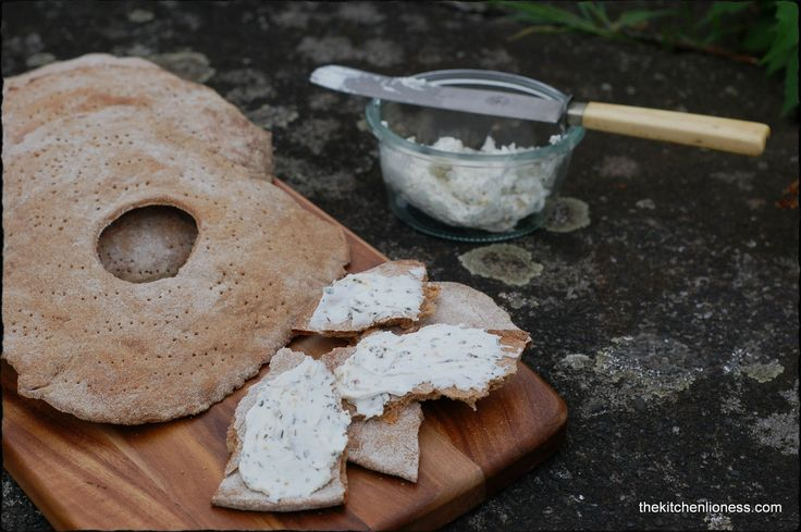 The Kitchen Lioness: Swedish Crispbread - Knäckebrot
