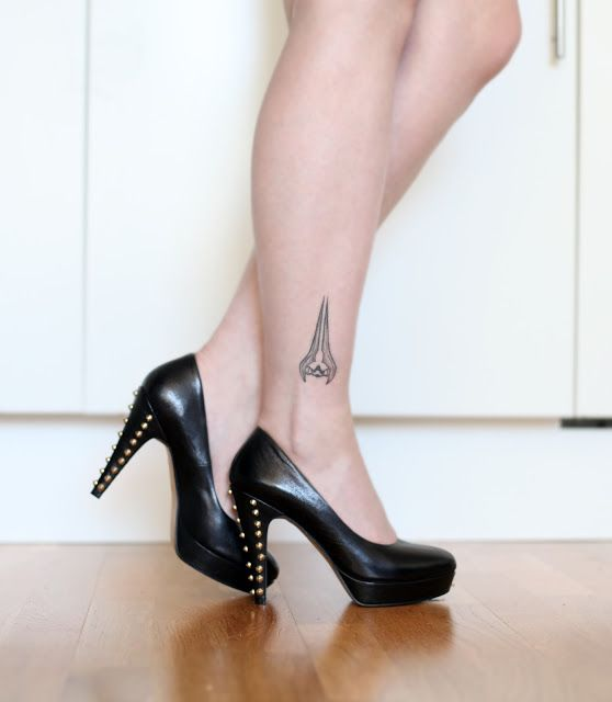 Halo Energy Sword Tattoo and amazing studded heels. #Halo #Energy Sword #Tattoo #Studded high heels