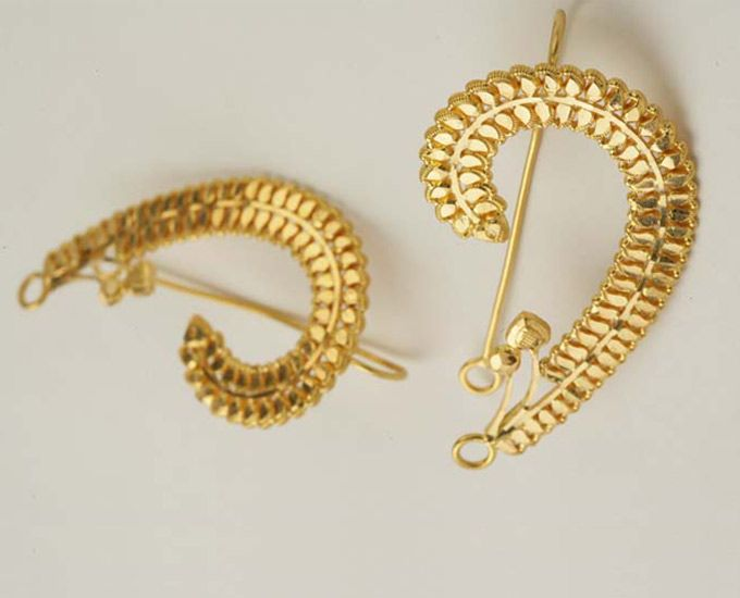 How to stay stylish in vintage Indian jewelry - Maharashtrian Ear Cuff | #VintageJewelry