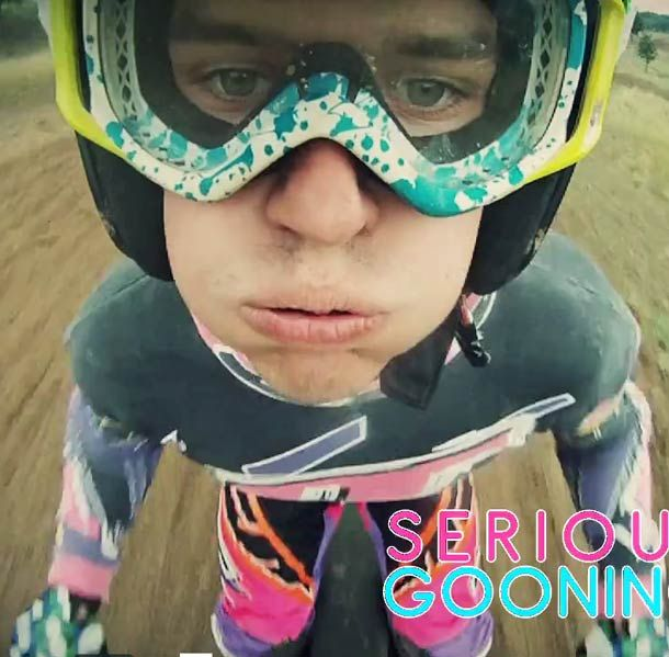 Motocross + Gopro à l'envers = Serious Gooning