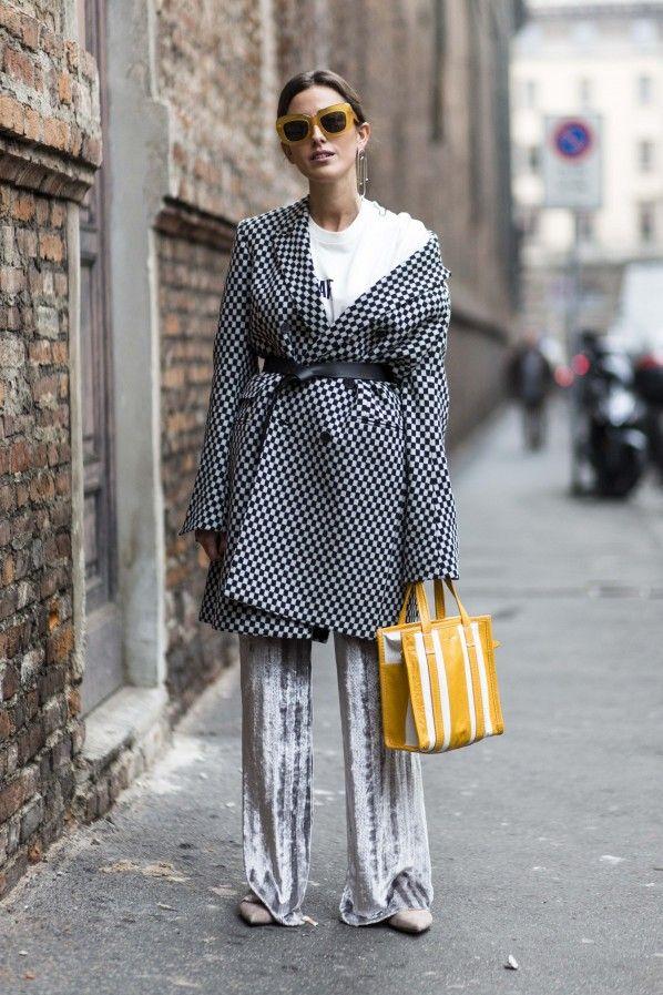 Street Style aus Mailand: Blazer mit Gürtel