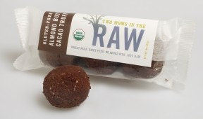 Gluten-free organic almond butter cacao truffles by #twomomsintheraw. What a healthy dessert!