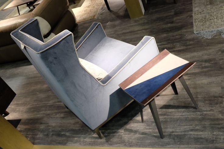 Goldfinger armchair http://www.arketipo.com/prodotti/poltroncine-e-poltrone-37/CF03CF8E-E516-41D7-BEF5-CEFDBCAB3EB9/goldfinger#arketipo
