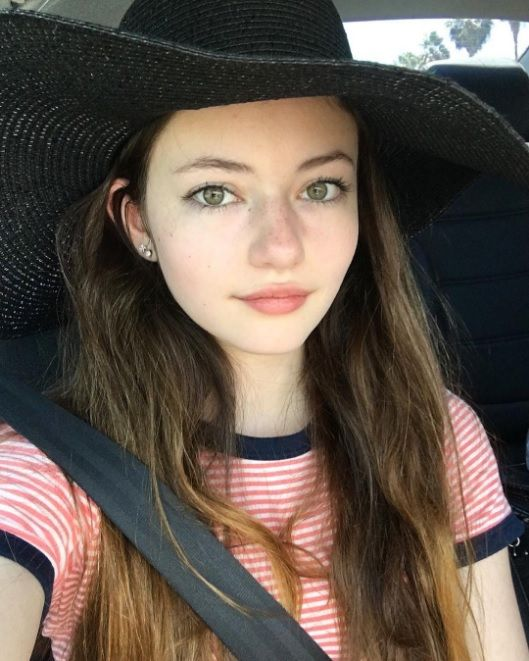 "(Mackenzie foy) ""hey I'm Elizabeth, but call me Beth. I'm 17 and single. I'm not very social and I love reading and listening to music. I don't really follow the rules so My parents always chose my sister over me so I guess what's why I'm here."""