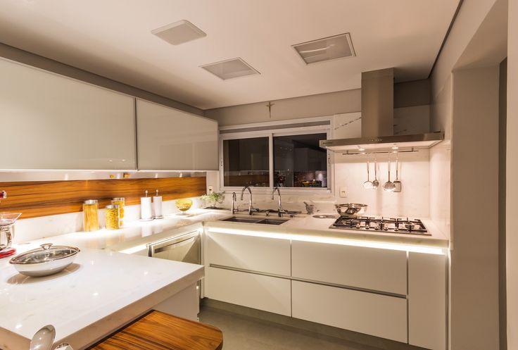 Apartamento Chef de Cozinha Cozinha Projeto - Enzo Sobocinski Arquitetura