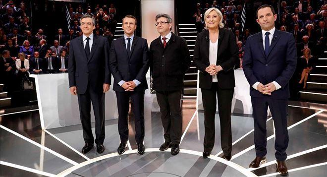 YENİ DÜNYA GÜNDEMİ ///  Fransa´da cumhurbaşkanlığı seçiminin ilk turu: Katılım oranının yüzde 80 oranına ulaşması öngörülüyor
