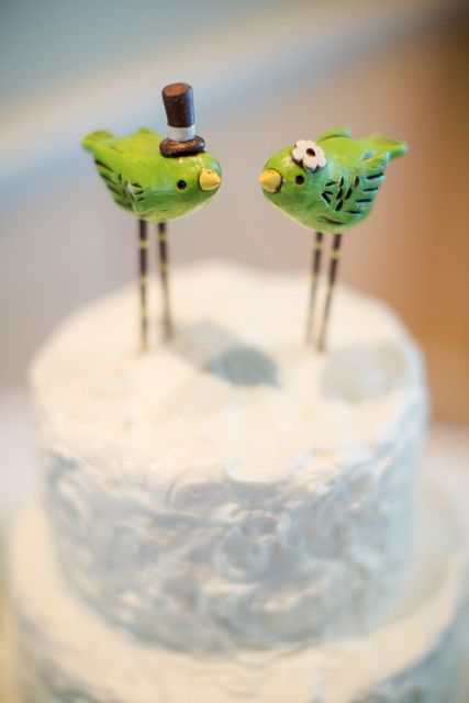 Grappige caketoppertjes: kleine groene vogeltjes   /   Little green birds cake topper!