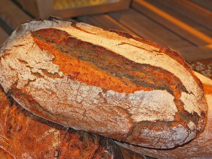 VIDEO: Vyzkoušejte tento trik, zabalte bochník chleba do alobalu a dejte péct!