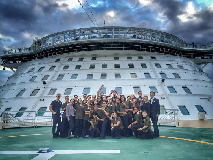 #Spateam #biggestcruiseshipintheworld #harmonyoftheseas