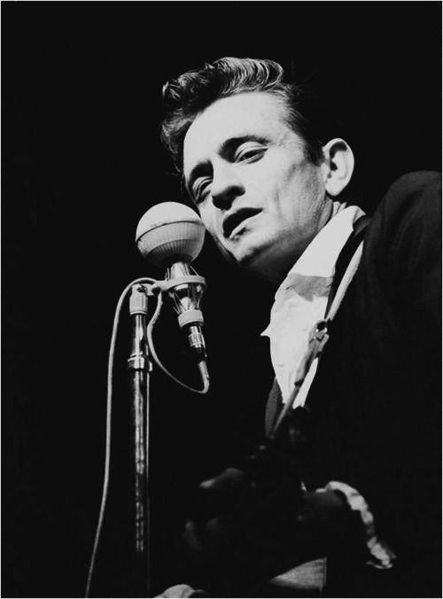 Remembering Johnny Cash – 'Jackson' Performed Live By Johnny and June Carter Cash | The Country Site