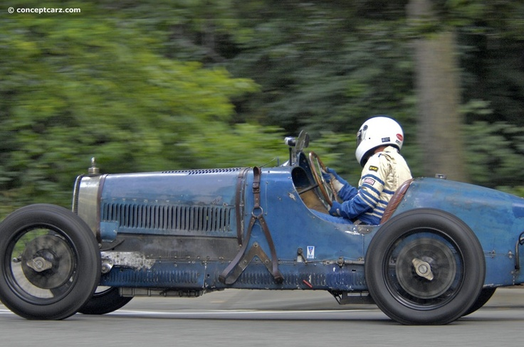 bugatti type 37 with a 39 patina of age 39 and all the better for it thefurbys garage pinterest. Black Bedroom Furniture Sets. Home Design Ideas
