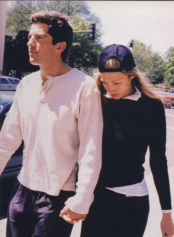 how to wear a baseball cap without looking like a jerk// jfk jr and carolyn