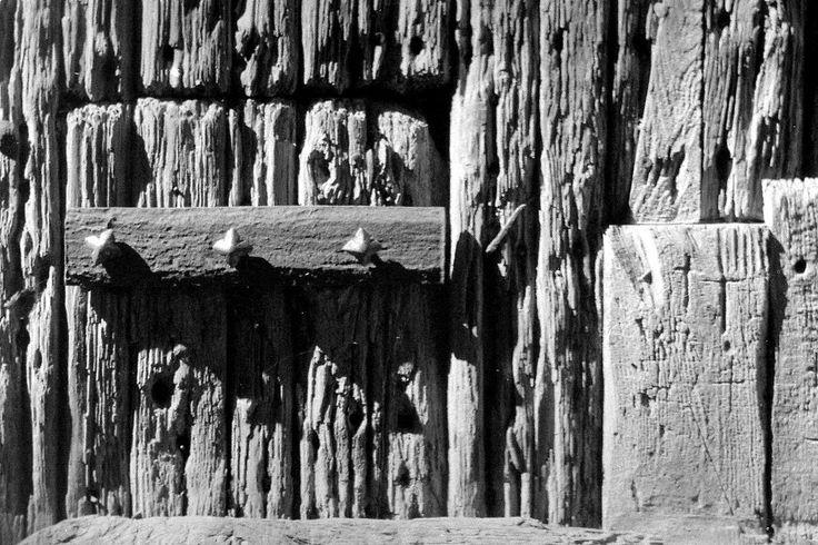 Vecchio legno. by Giancarbon.deviantart.com on @DeviantArt