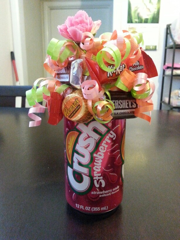 117 best Crafts-Candy Bar Bouquets... images on Pinterest | Candy ...