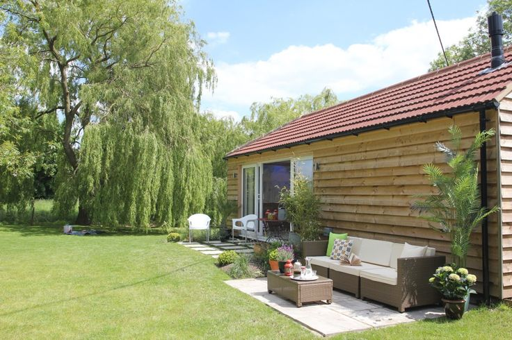 Norfolk Holiday Cottage - Grassmere in the pretty village of Boughton, West Norfolk. A 'Mid-Century-Modern' Self Catering Holiday Cottage & Home Spa perfect for family get togethers or as a quiet hide away.