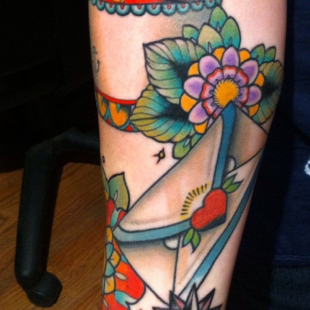 vivid colours, nice style by mike moses: Flowers Tattoo, Tattoo Flowers, Colour Flowers, Envelopes Tattoo, Fruit Flowers, Tattoo Traditional, Traditional Tattoo, Mandala Tattoo, Sweet Tattoo
