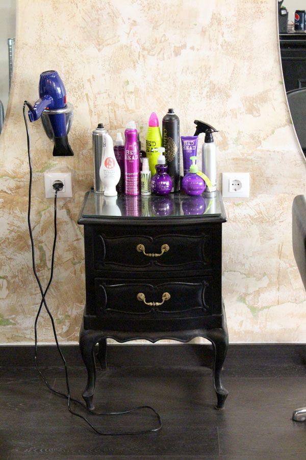 VINTAGE & CHIC: decoración vintage para tu casa · vintage home decor: Peluquería The Room. Albacete (podría vivir en ella!) · The Room hair salon. Albacete (I could live there!)