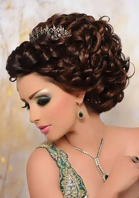 Pin by Zsófia Pink on Arabic Makeup and hairstyles in 2019 ...