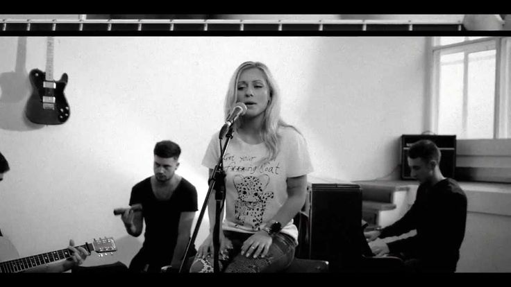 Help Me Lose My Mind (Disclosure feat. London Grammar Acoustic Cover) - ...
