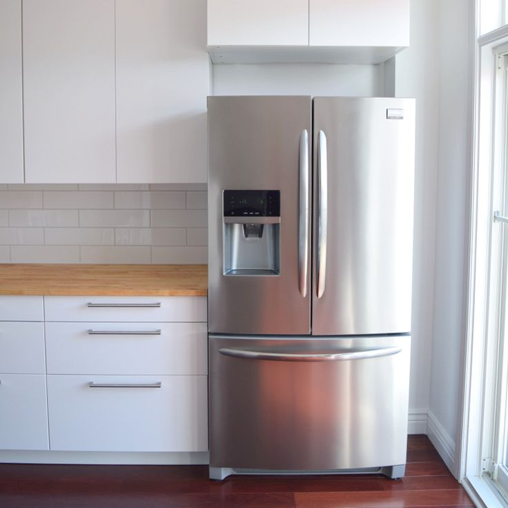 A review of the Frigidaire Gallery Refrigerator FGHF2366PF and the imporant things to look for when searching for a new refrigerator.