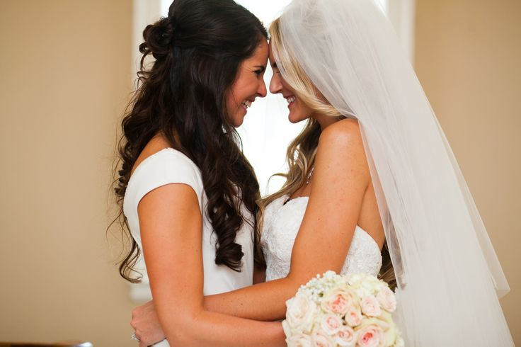 Bride and maid of honor picture! Allison Davis Photography